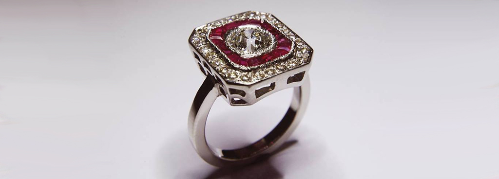 anillo diamante y rubí