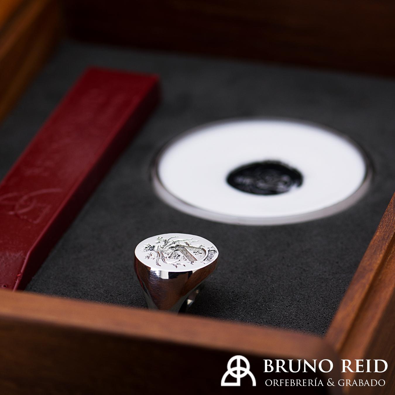 ¿cómo encargar un anillo sello?